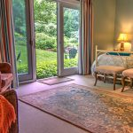 Moss Glen - Adult-Only Lodging