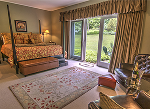 Stowe B&B Room