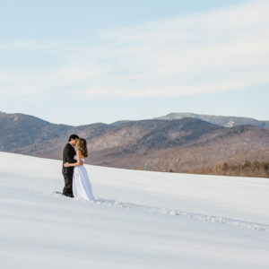 Stowe Vermont - stunning outdoor wedding shot in the snow